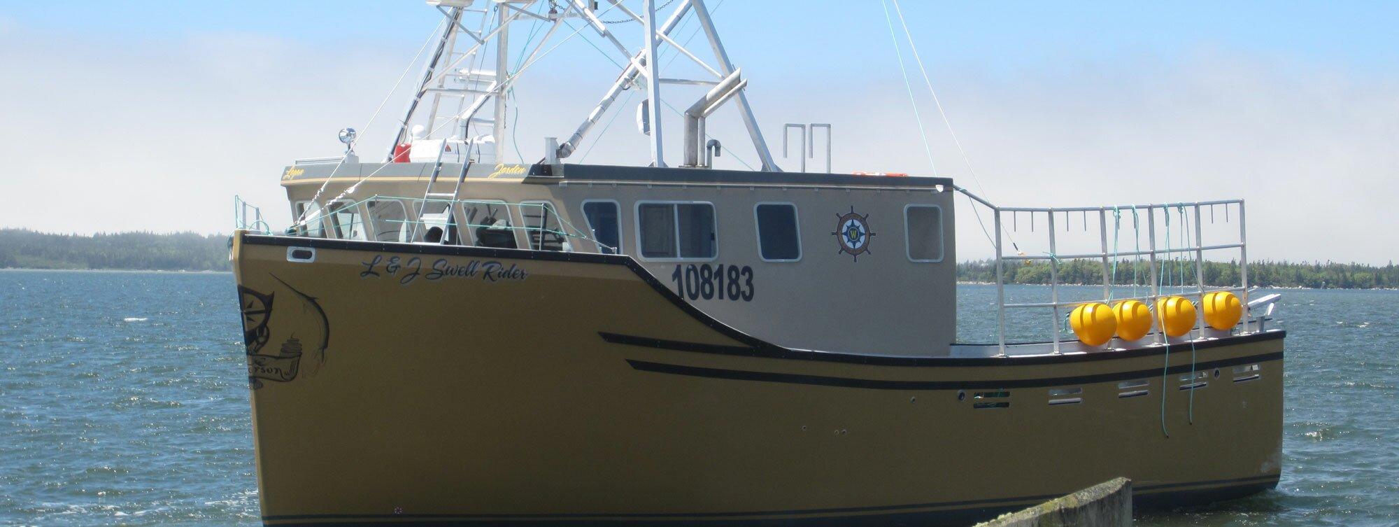 Boat - L & J Swell Rider