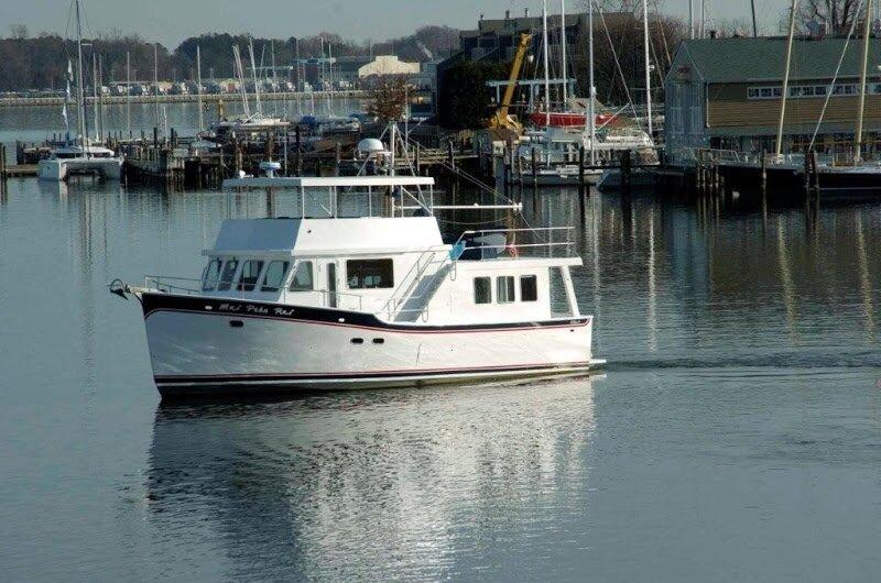 Semi-Large White Boat